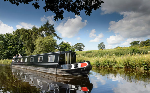 Top 10 cruises through the country side