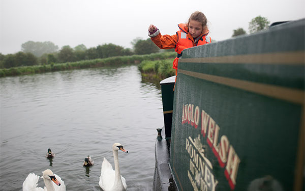 Plan your 2021 canal boat holiday adventure with our bucket list guide