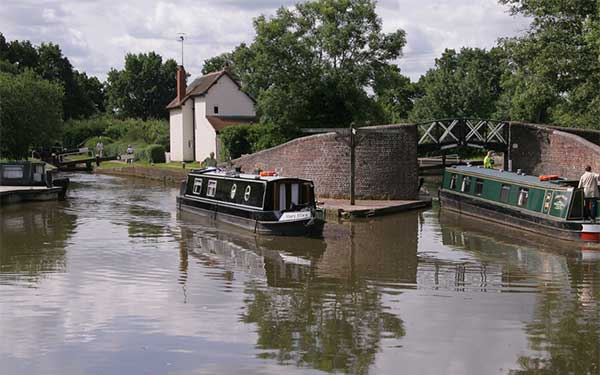 What to pack for your narrowboat holiday
